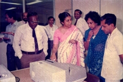 Nayeni Fernando demonstrating the cheque encoders to senior Central Bank staff
