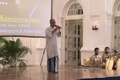 Visharada W. D. Amaradewa entertaining the gathering at the Felicitation to Prof. Samaranayake held in December 2004